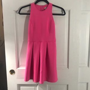 Abercrombie kids dress (in excellent condition).